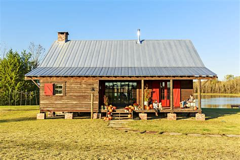 Ranch-Style-Dog-House-Plans