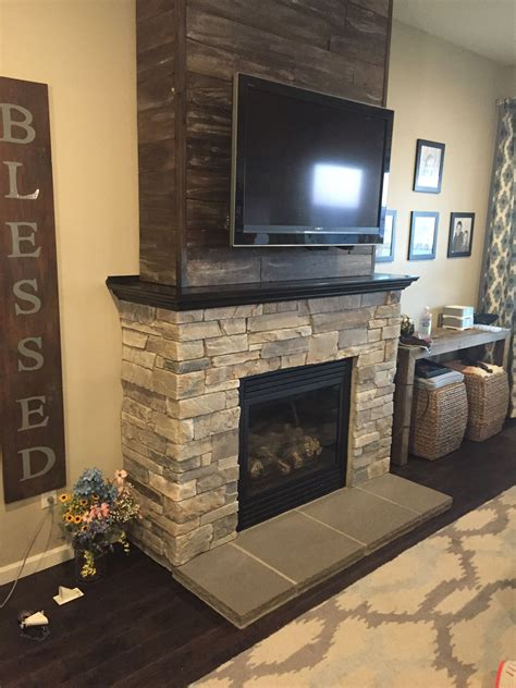 Reclaimed Wood Fireplace Mantels With Tv Above