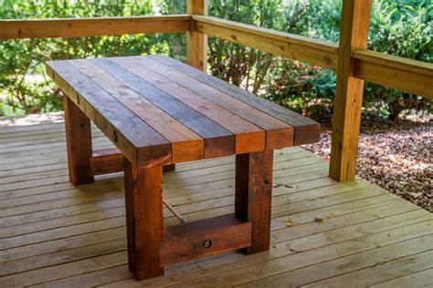 Reclaimed Wood Outdoor Dining Table Diy Finger