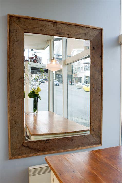 Reclaimed-Wood-Mirror-Frame-Diy