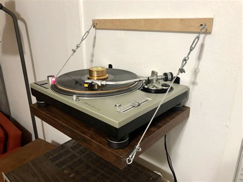 Record Player Shelf Diy