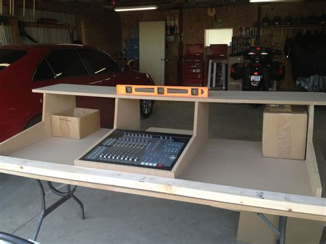 Recording-Studio-Desk-Plan