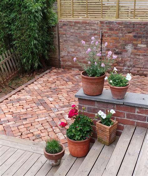 Recycled-Brick-Patio-Diy