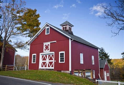 Red-Barn-House-Plans
