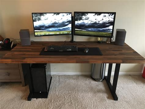 Reddit DIY Desks