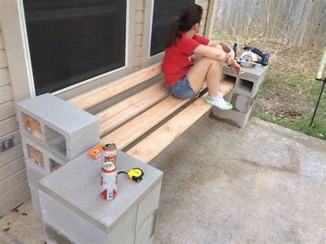 Reddit-Diy-Bench