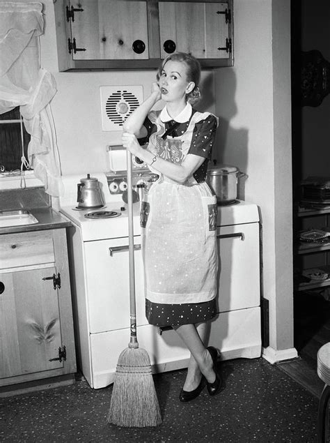 Retro-Housewife-Images