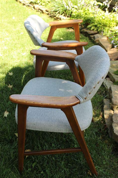 Reupholster-Paoli-Chair-Diy