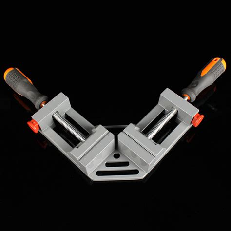 Right-Angle-Clamps-Woodworking