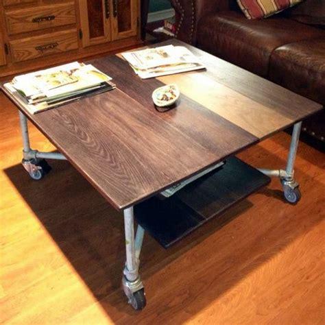 Rolling-Coffee-Table-Diy