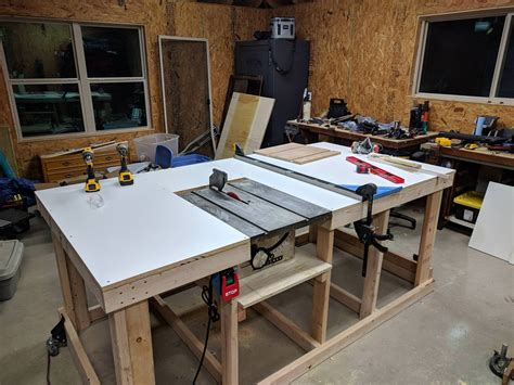 Rolling-Workbench-Integrated-Tool-Chests-Diy