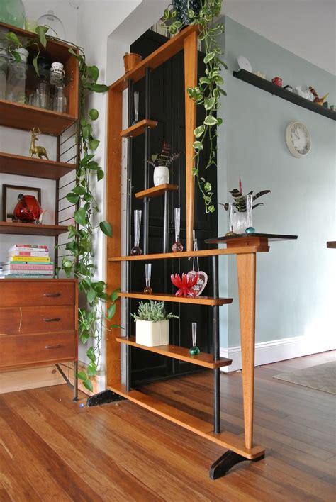 Room-Divider-Shelves-Diy