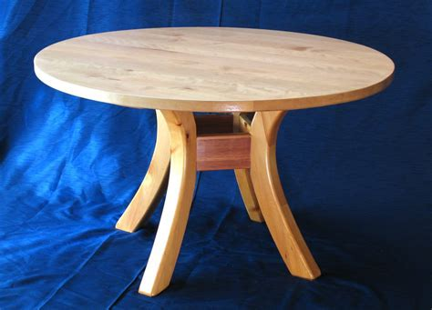 Round Kitchen Table Woodworking Plans