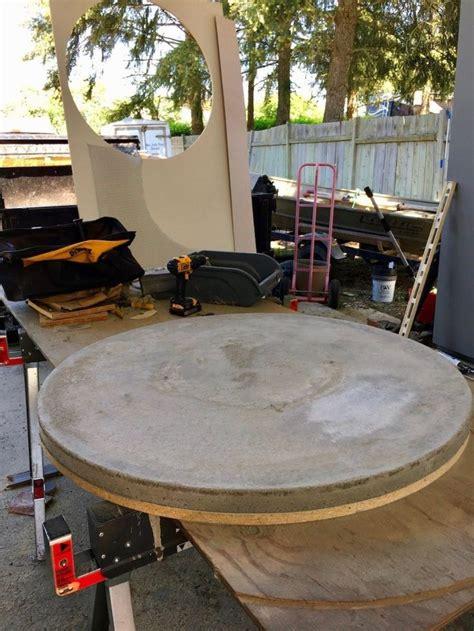 Round-Concrete-Table-Diy
