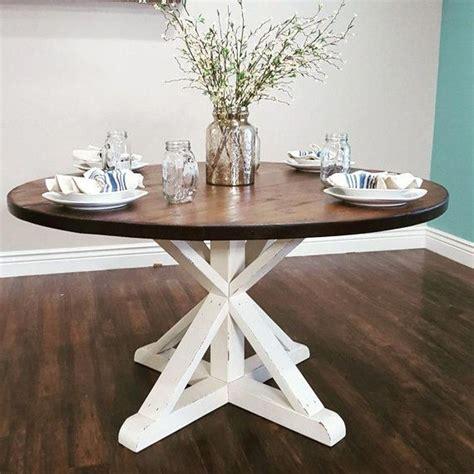 Round-Farmhouse-Dining-Table