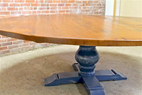 Roundoak-Farm-Table