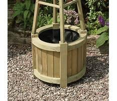 Best Rowlinson obelisk planter