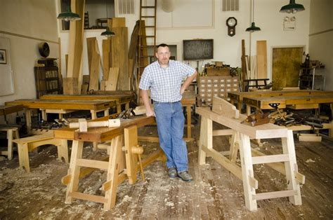 Roy-Underhill-Portable-Workbench-Plans