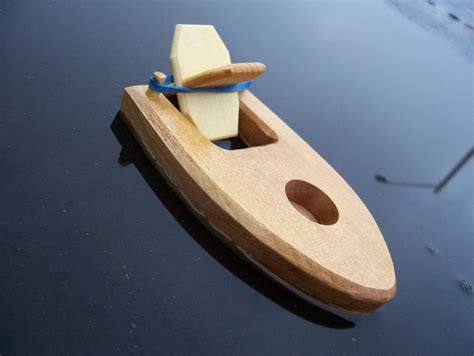 Rubber-Band-Boat-Plans