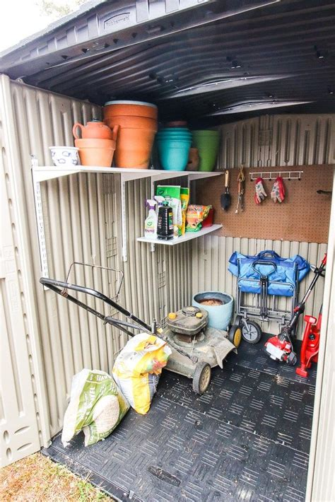 Rubbermaid-Shed-Diy-Storage-Shelves