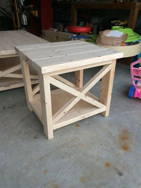 Rustic Farmhouse End Table Plans