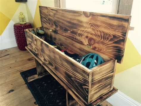 Rustic Storage Bench Diy