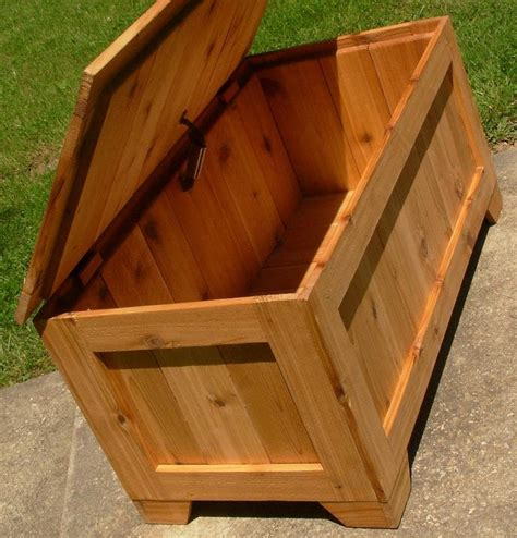 Rustic Wooden Toy Box Plans
