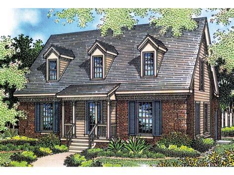 Rustic-Cape-Cod-House-Plans