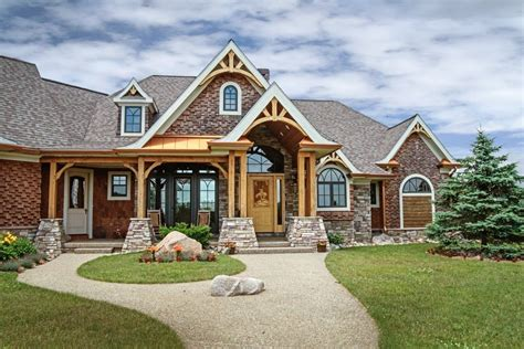 Rustic-Craftsman-Style-House-Plans