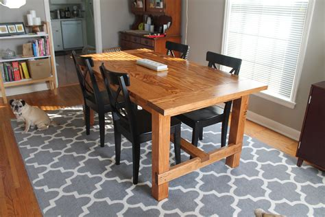 Rustic-Dining-Room-Tables-Plans