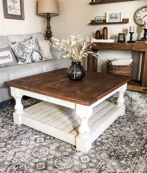 Rustic-Farmhouse-Coffee-Table-With-Storage