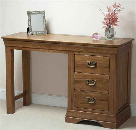 Rustic-Farmhouse-Dressing-Table