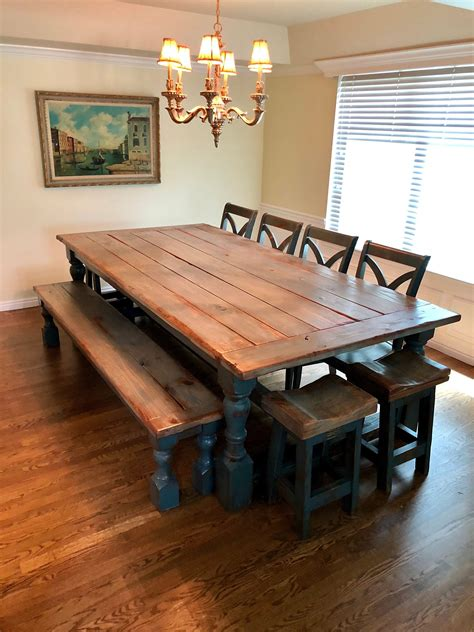 Rustic-Farmhouse-Table-And-Chairs-Uk