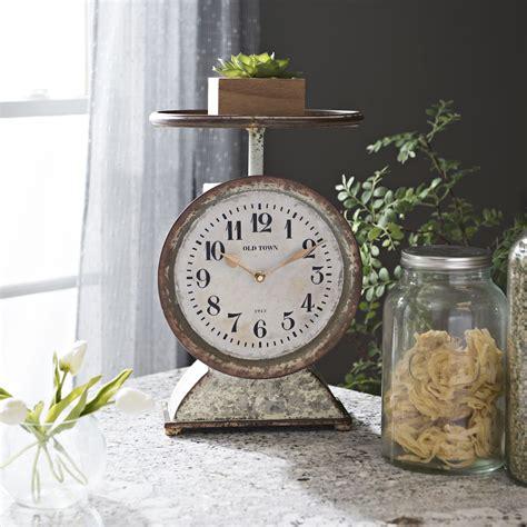 Rustic-Farmhouse-Table-Clock