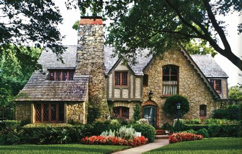 Rustic-French-Cottage-House-Plans