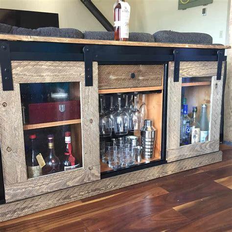 Rustic-Liquor-Cabinet-Plans