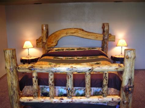 Rustic-Pine-Bed-Frame-Plans