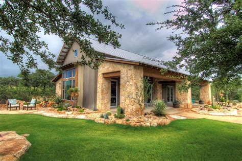 Rustic-Texas-Ranch-House-Plans