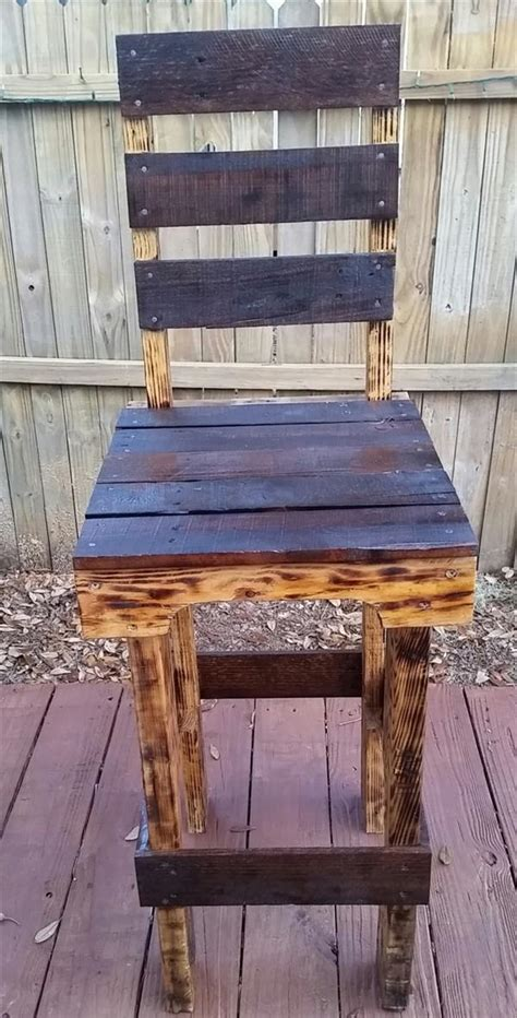 Rustic-Wood-Chair-Design-Plans