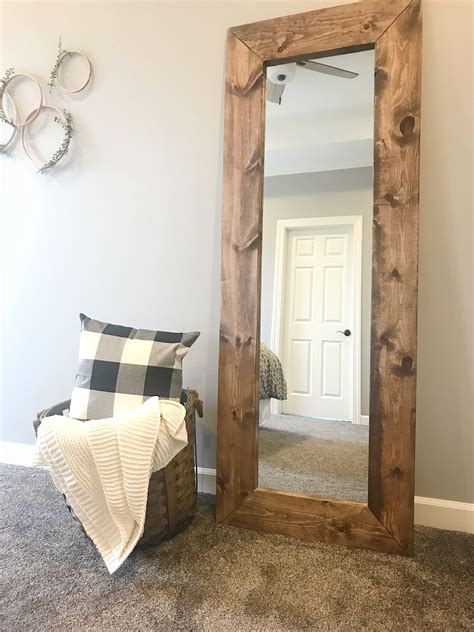 Rustic-Wood-Frame-Mirror-Diy