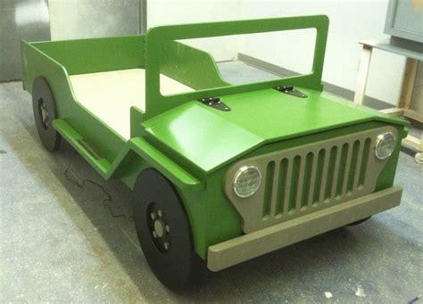 Safari-Jeep-Toddler-Bed-Plans