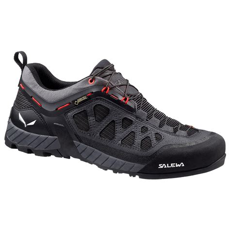 Salewa Men's Firetail 3 Shoes & Cooling Towel Bundle