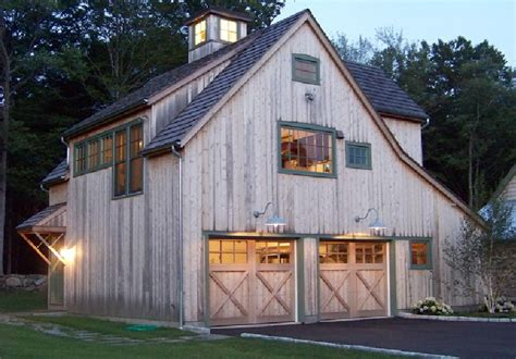 Saltbox-Roof-House-Plans