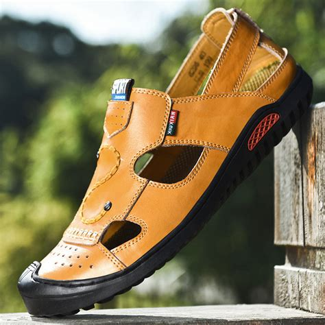 Sandals for Men Men's Genuine Leather Beach Slippers Casual Non-Slip Soft Flat Closed Toe Sandals Shoes No Glue