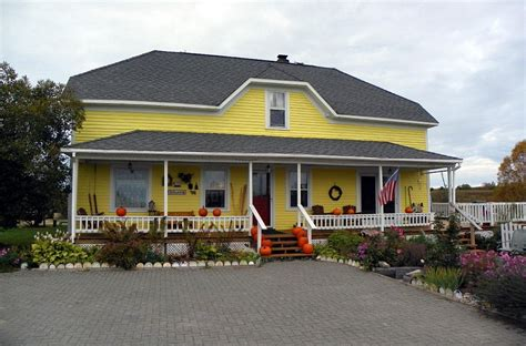 Sandtown-Farmhouse-Bed-And-Breakfast