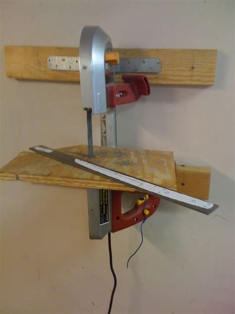 Sawmill-Bandsaw-Bench-Plans