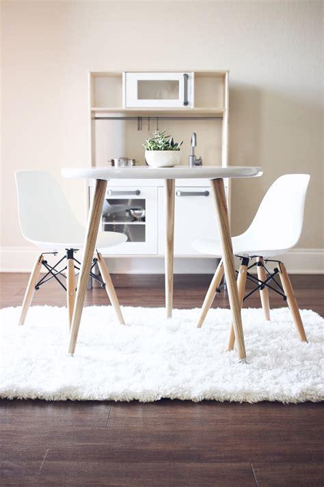 Scandinavian-Furniture-Diy