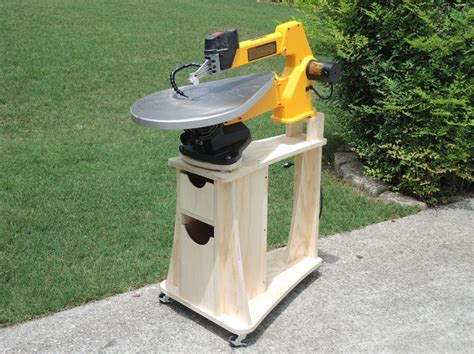 Scroll-Saw-Stand-Woodworking-Plans