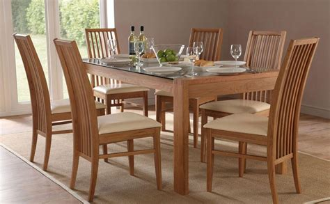 Scs Dining Table And Chairs