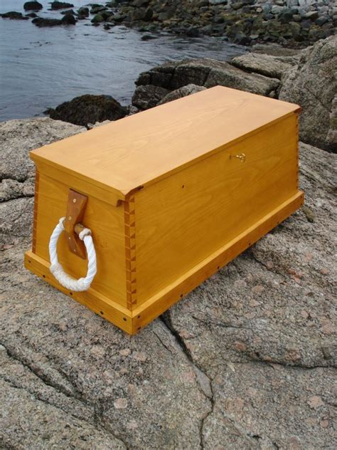 Sea-Chest-Woodworking-Plans